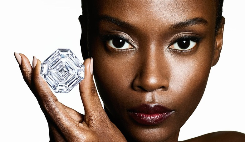 S2x1 hero shot   graff lesedi la rona  largest square emerald cut diamond  photography by ben hassett
