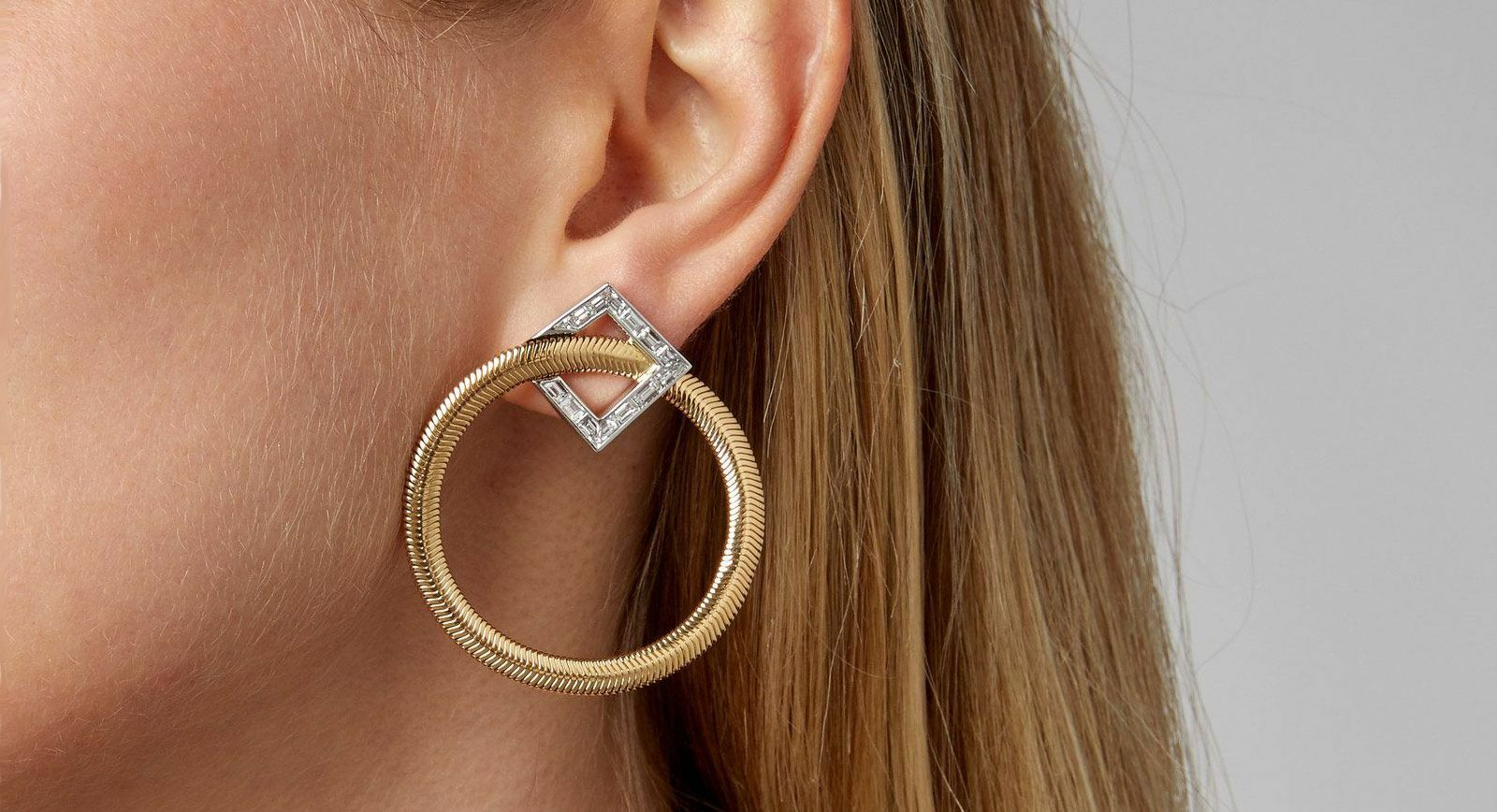 Nikos Koulis Feelings collection hoop earrings