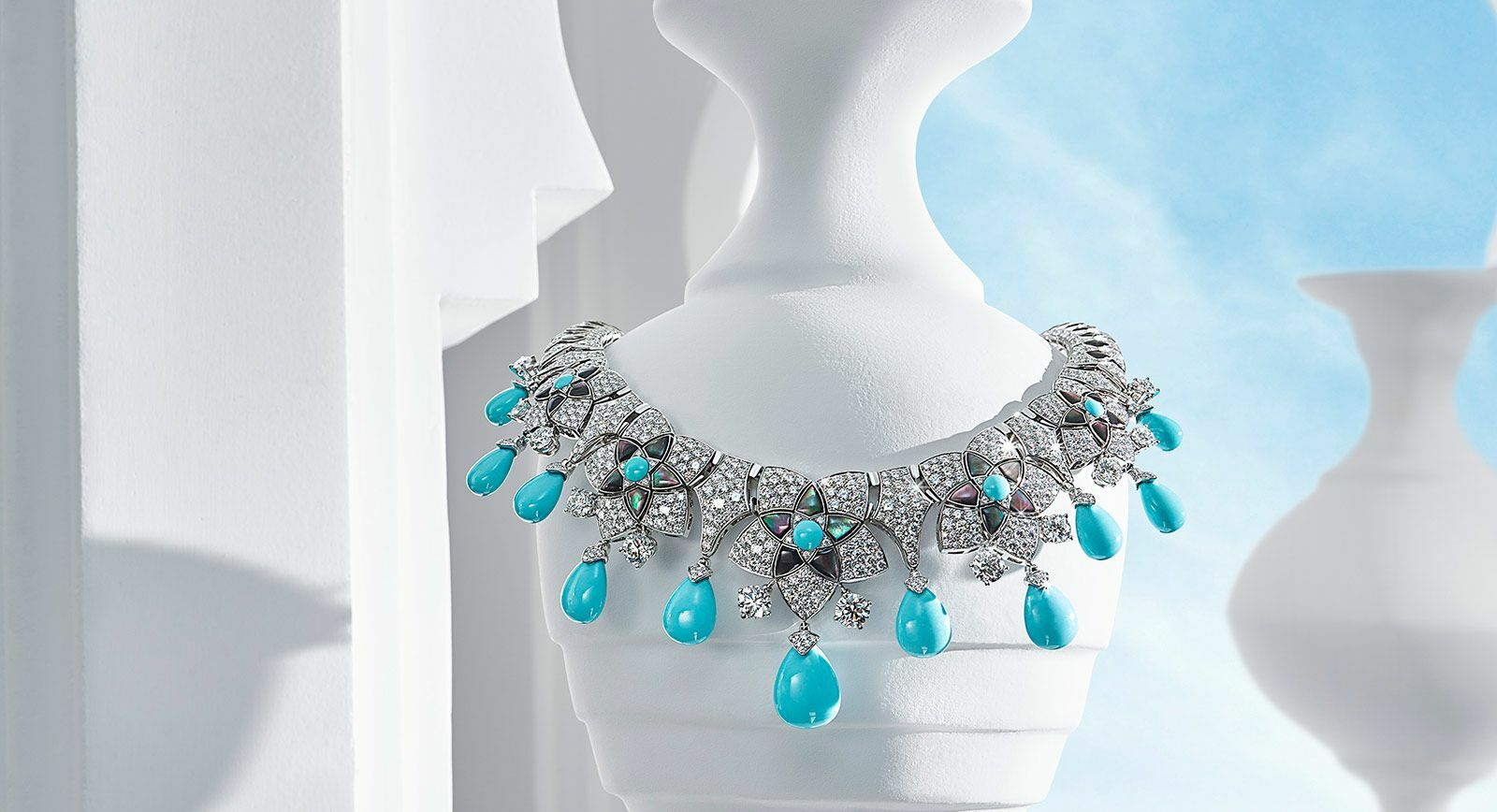 Bvlgari Jannah collection necklace
