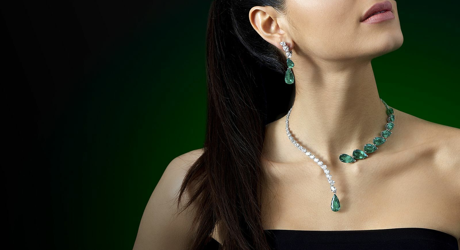 Jahan emerald and diamond necklace