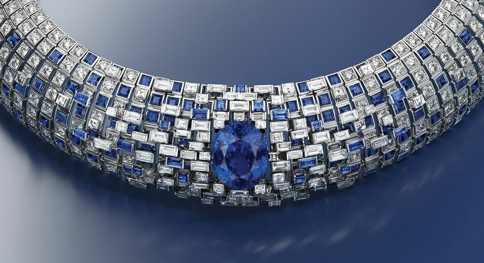 Louis Vuitton Stellar Times Lune sapphire and diamond high jewellery necklace