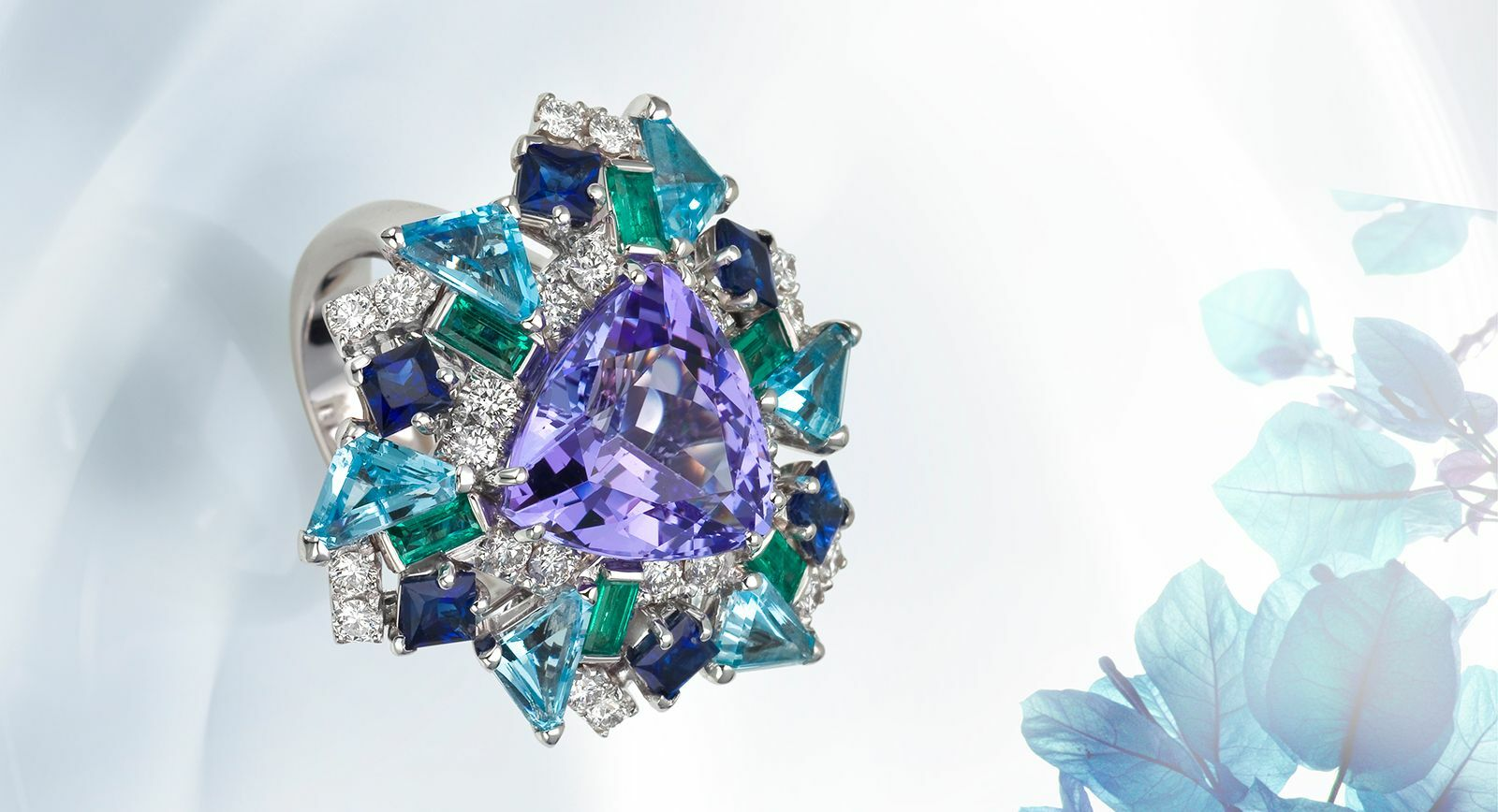 Jewellery From Carlo Barberis Allows to See the World in Bright Colours