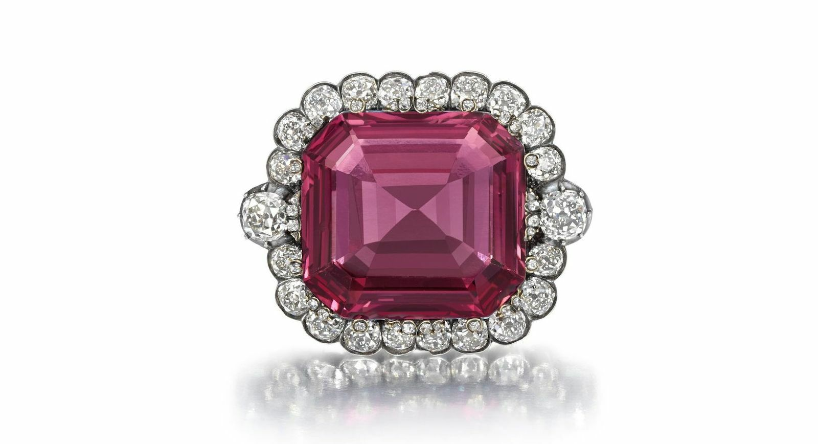 5 Remarkable Jewels Up For Auction At Bonhams On The 24th of September