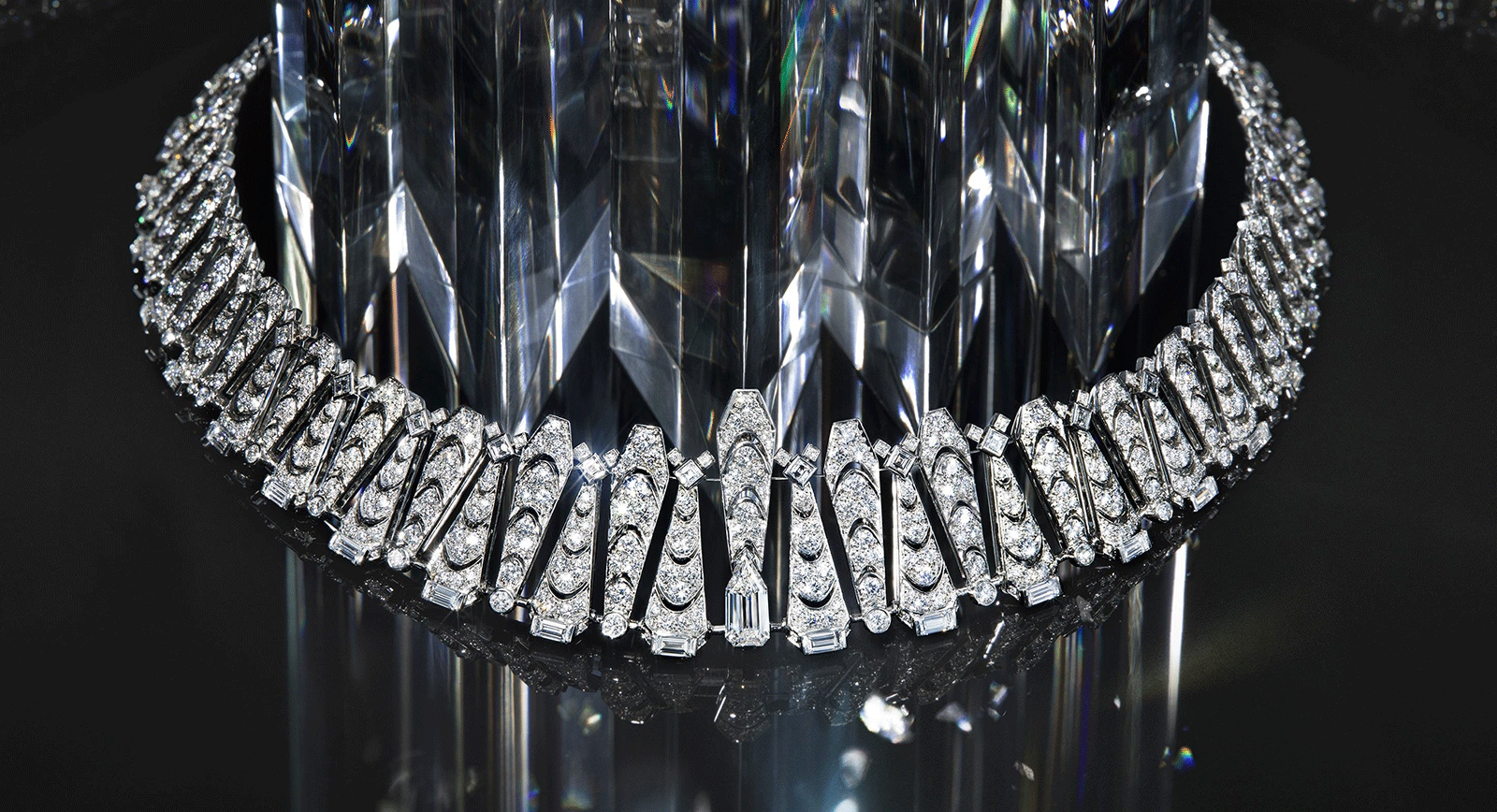 There Is No Trick: Cartier Magicien Is Spellbinding