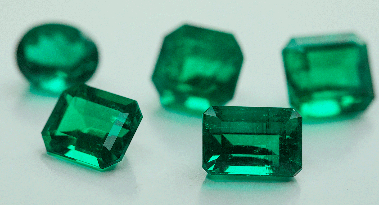 Emerald Oiling: The Refining Process and Its Impact On Pricing