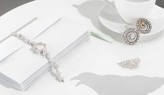 S1x1 jewellery thief editorial banner