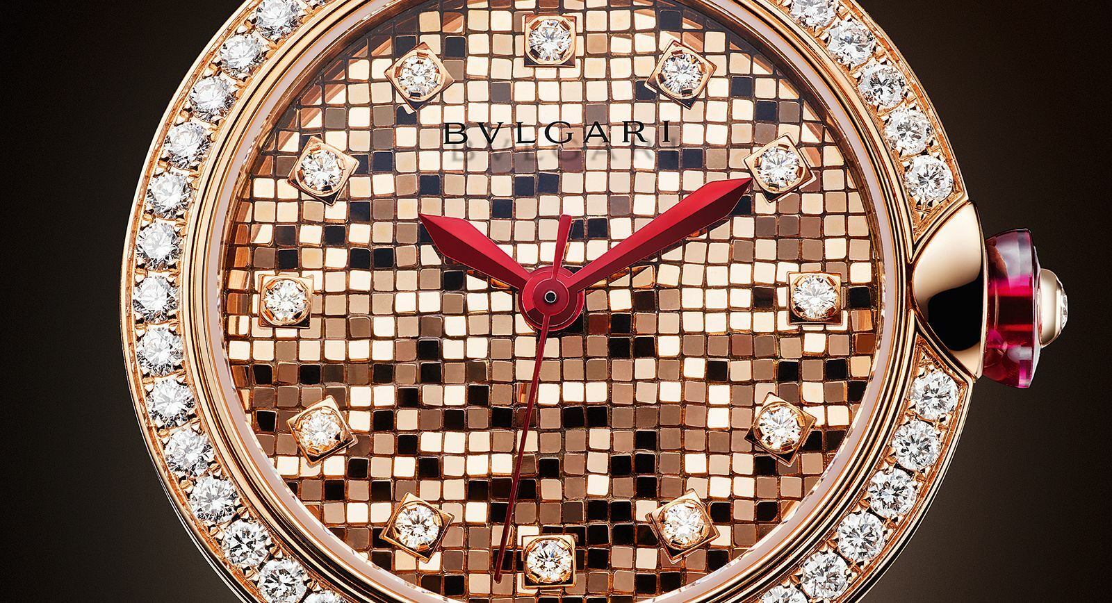 Lvcea Mosaique: Bvlgari added new creative model to its Lvcea watch line