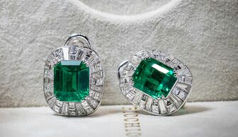 S1x1 picchiotti emerald earrings banner