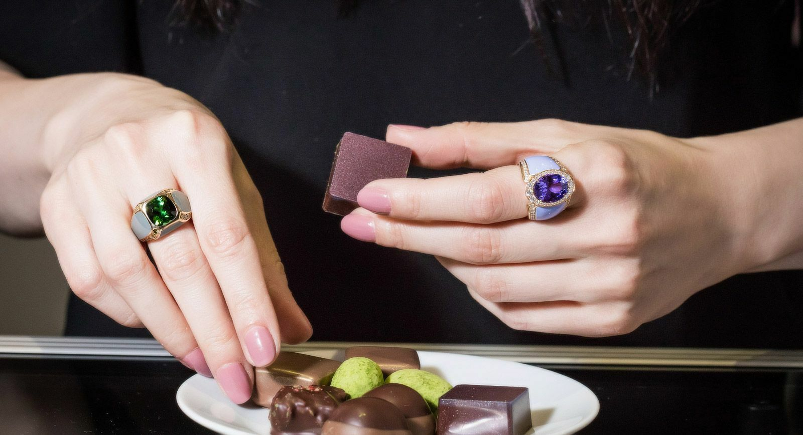 Doris Hangartner: Precious gemstones appealing to the five senses