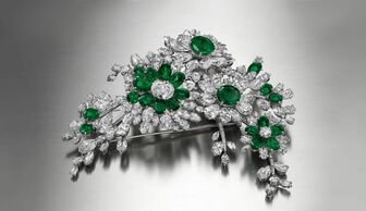 S1x1 bulgari brooch