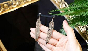 S1x1 cadar feather earrings banner