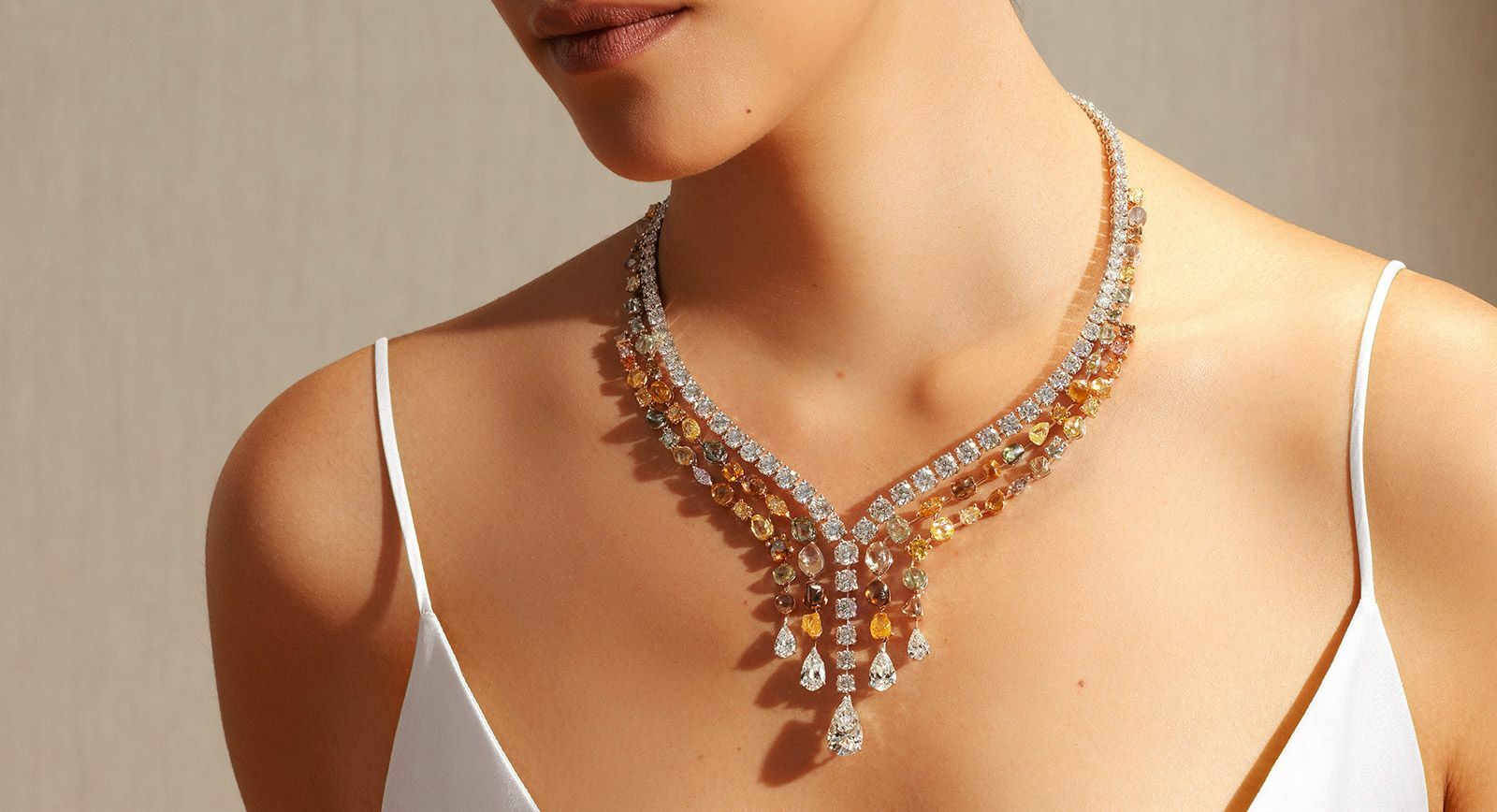 De Beers necklace