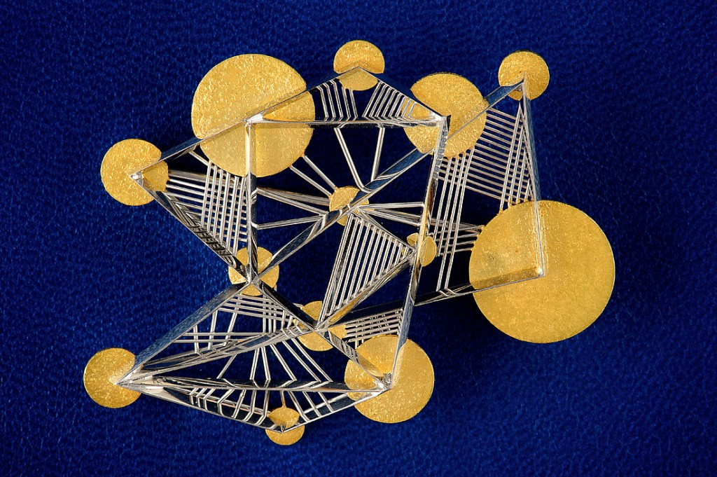 Kandinsky Kollektion Schweben brooch in yellow gold and platinum