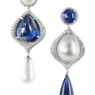 Sapphires and natural saltwater pearls earrings