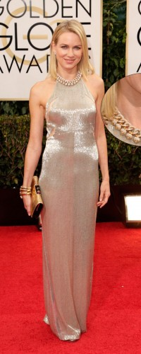 Naomi Watts chose gold Bulgari classics to complete her outfit with