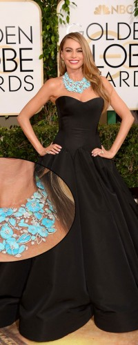 Sofia Vergara looks radiant in the carved turquoise necklace by Lorraine Schwartz