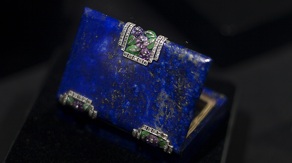 Van Cleef&Arpels Minaudière photo by Isabella Antonio for katerinaperez.com