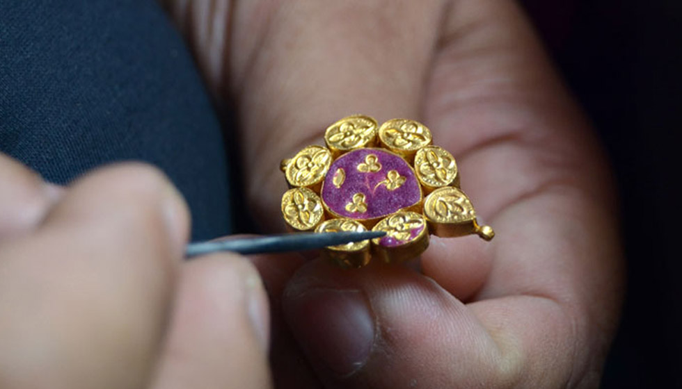 Meenakari Indian Jewellery Technique