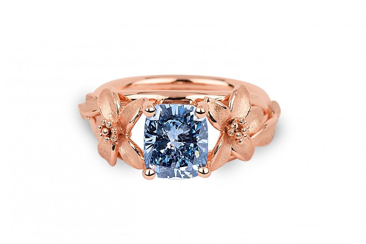 Jane Seymour Blue Diamond Ring