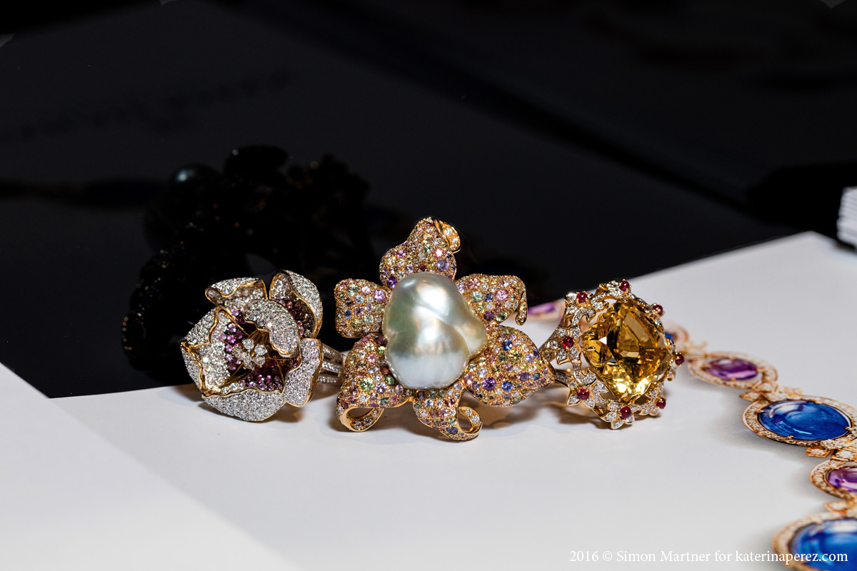 Farah Khan Flower ring with 1.36 cts sapphire, 5.02 cts diamond and rubies; Baroque pearl ring with 48.2 cts pearl, 2.55 cts diamond and 10.23 cts of sapphires; Citrine ring with a 21.45 cts center stone, rubies and diamonds