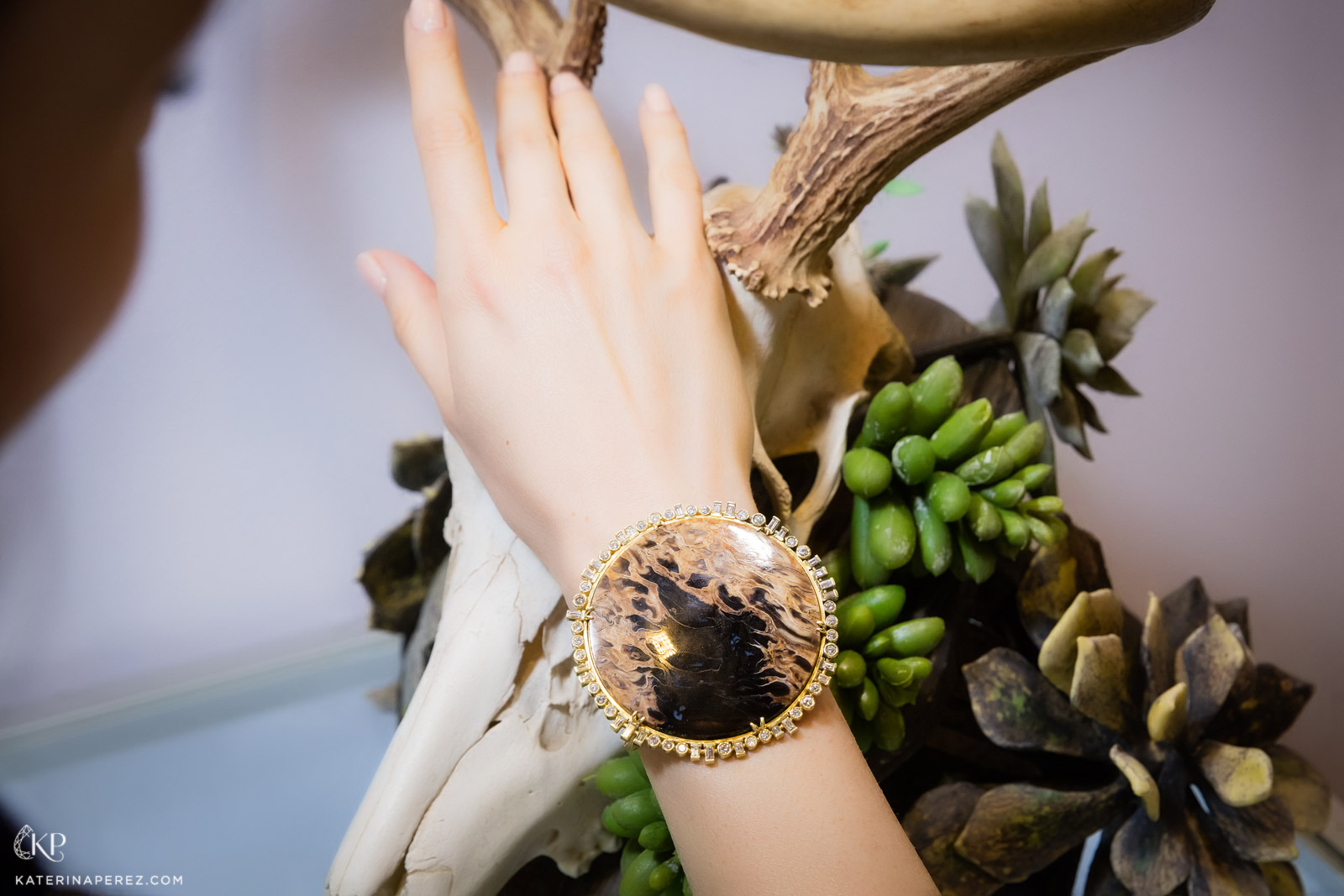 Feral fossilised palm wood cuff with 5 cts of diamonds. Photo by Simon Martner.