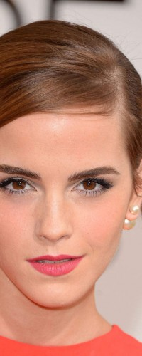 Emma Watson looking cool in this pearl solo earring by Dior