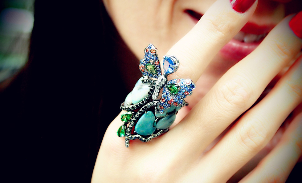 Wendy Yue Butterfly ring