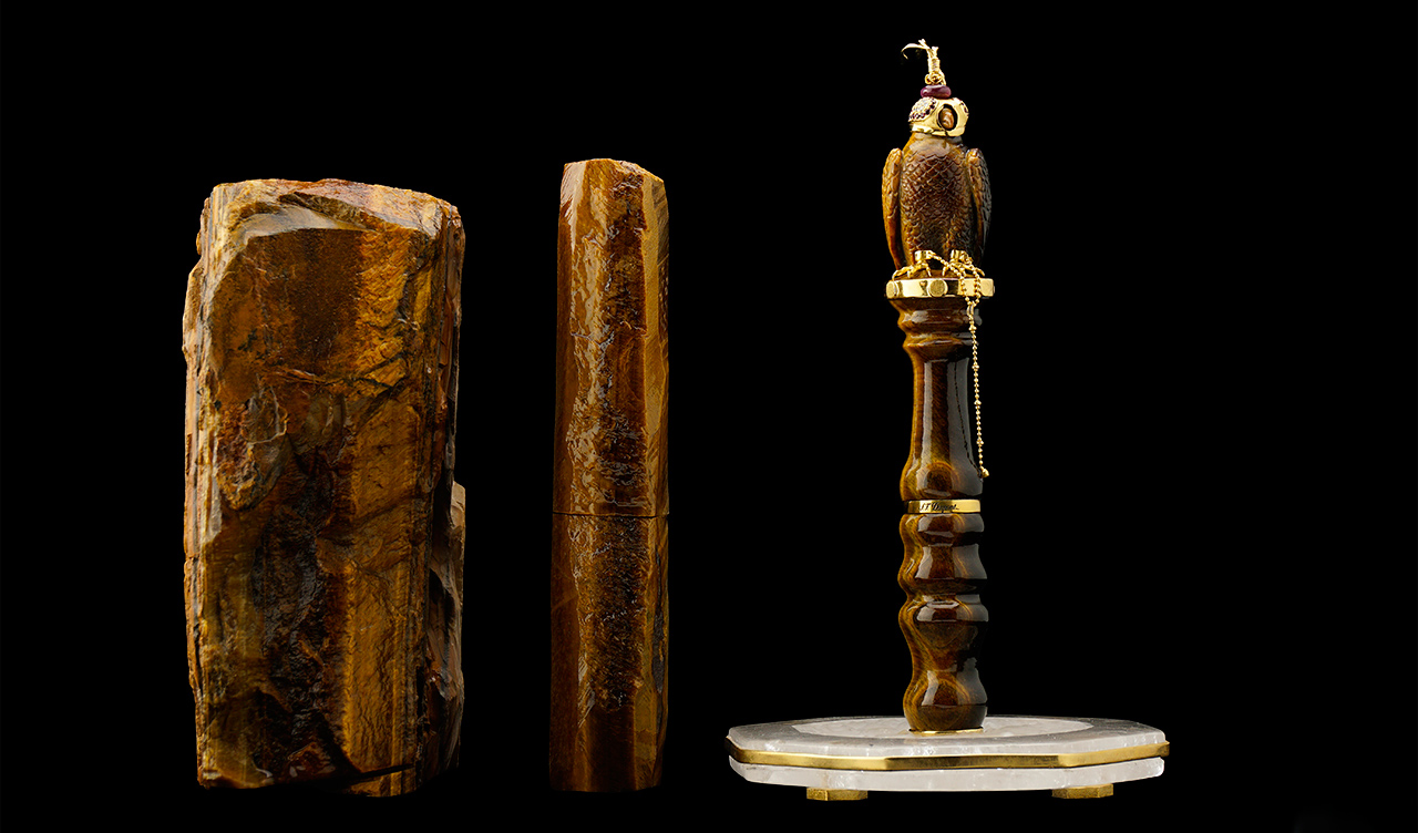 Tiger's Eye Falcon fountain pen created by L'AQUART in partnership with Haute Creation department of S. T. DUPONT, Paris