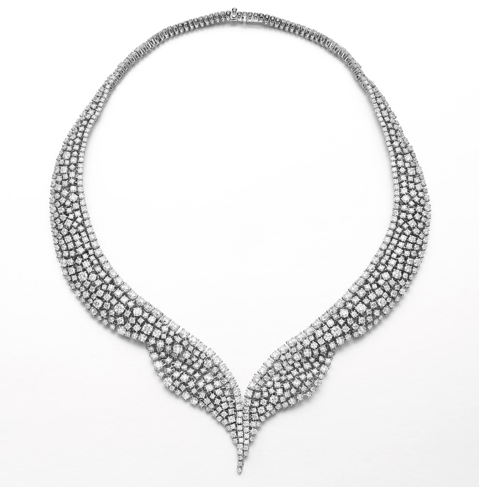 Mariposa diamond necklace by Qayten