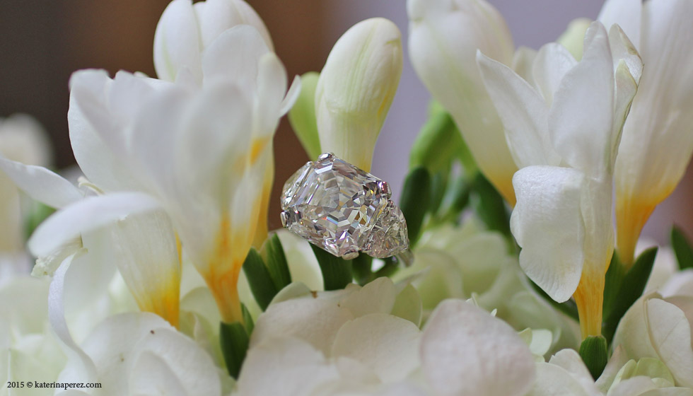 AN IMPRESSIVE DIAMOND 14.24 CTS H-VVS2 RING BY DAVID MORRIS