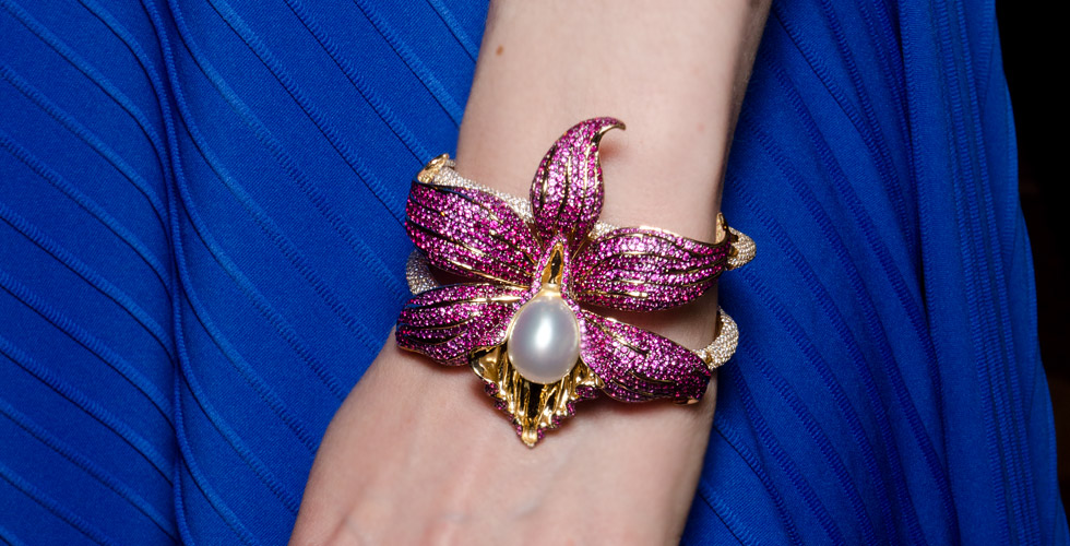 Autore Orchid Bracelet with a South Sea pearl, sapphires and diamonds