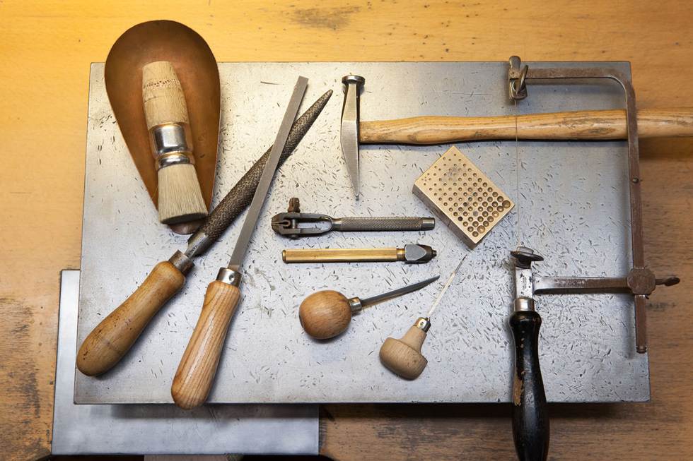 Tools in the Hemmerle atelier. Courtesy Hemmerle