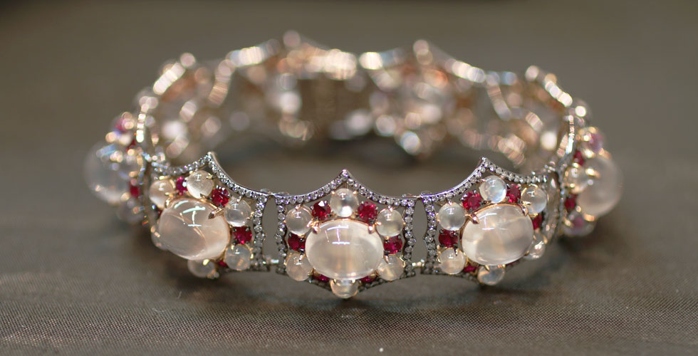 Ivy New York bracelet with 55 cts moonstones, diamonds and rubies