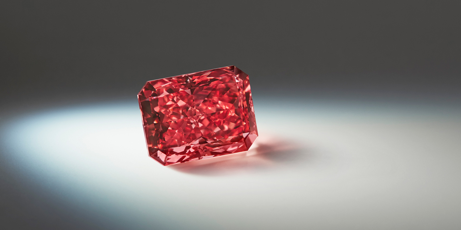 The Fancy Red Argyle Everglow Diamond (2.11 cts)