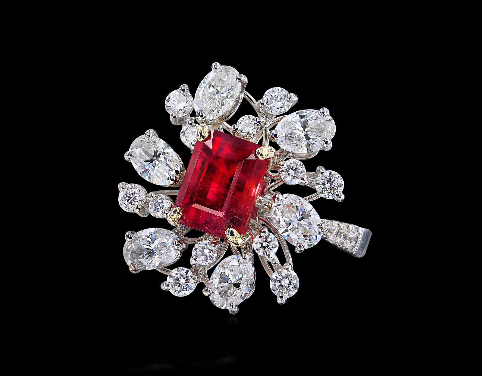 Caratell 2.20ct Bixbite / Red beryl and 2.32ct Diamond cocktail ring from 'Sun Ray' collection
