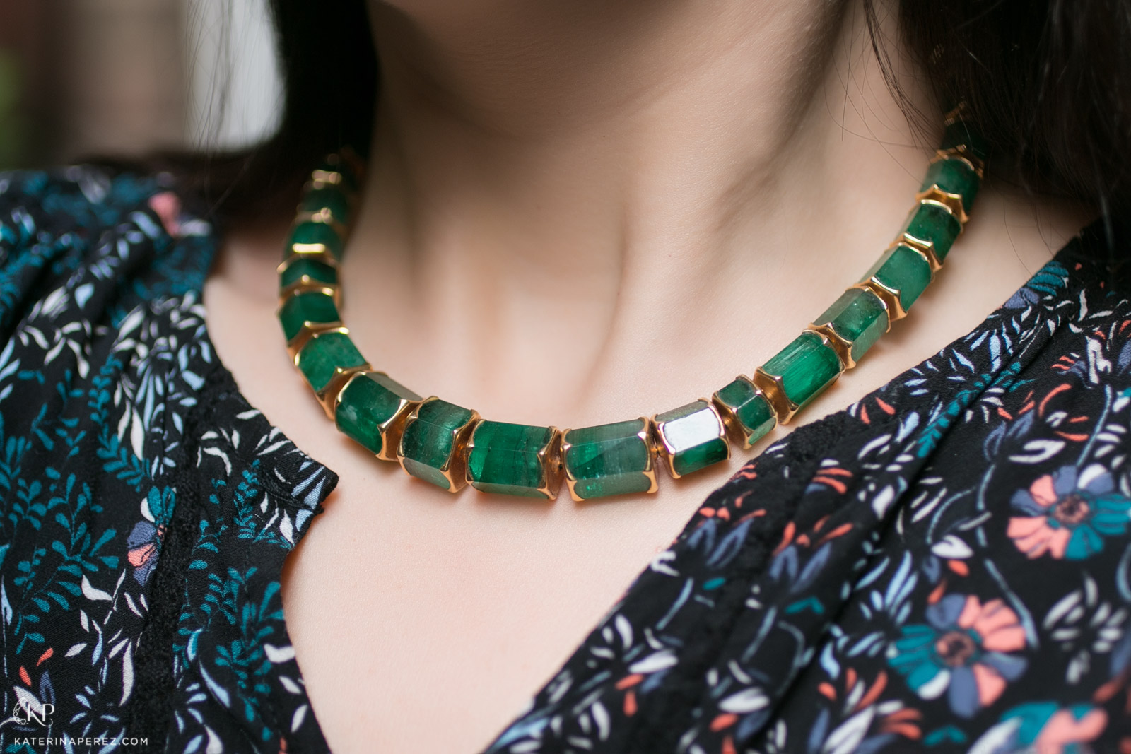 Philippe Pfeiffer necklace in 400ct Emerald and Yellow Gold