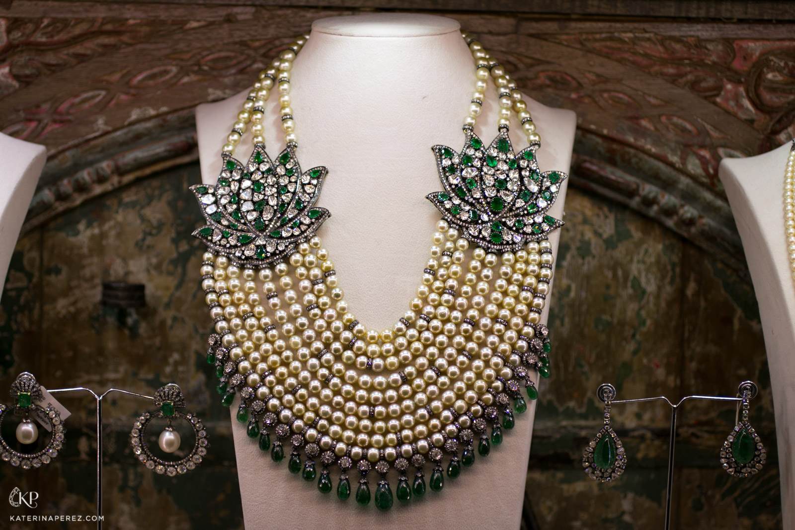 Amrapali pearl, emerald and diamond necklace