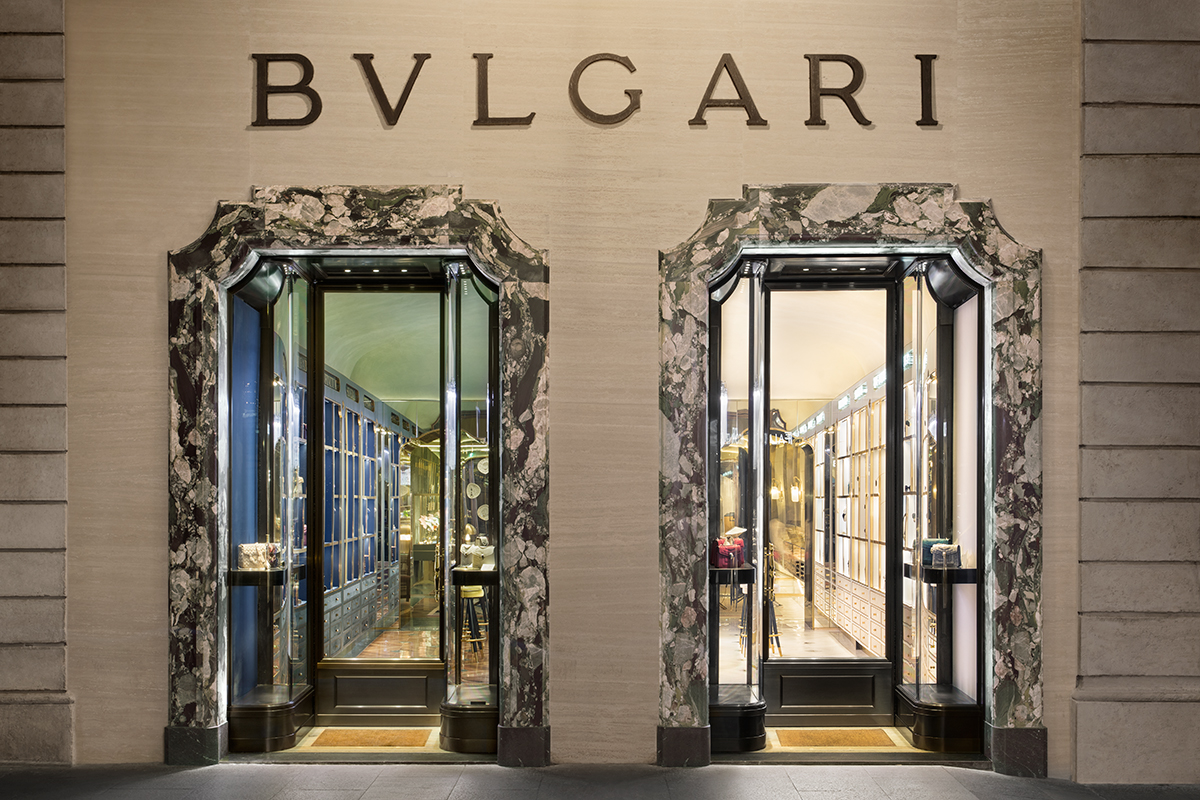 Bulgari's 'New Curiosity Shop,' located at Via dei Condotti, 11a, Romе