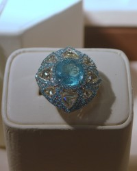 Sutra. Paraiba tourmaline and diamonds cocktail ring