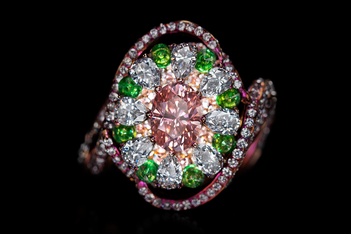 Wallace Chan 'Summer Dream Serenade' ring with 1.05ct pink diamond, colourless diamonds and demantoid garnets