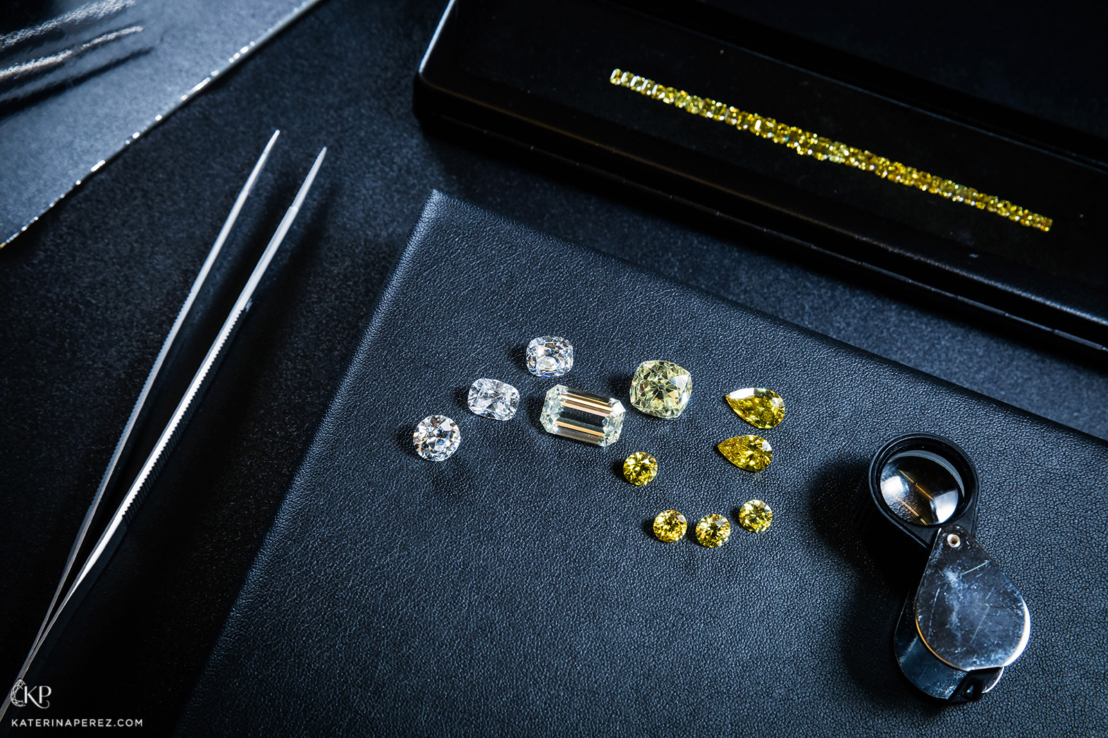 Filippo G&G selection of diamonds, varying from colourless to fancy yellow colour. Photo by Simon Martner for katerinaperez.com