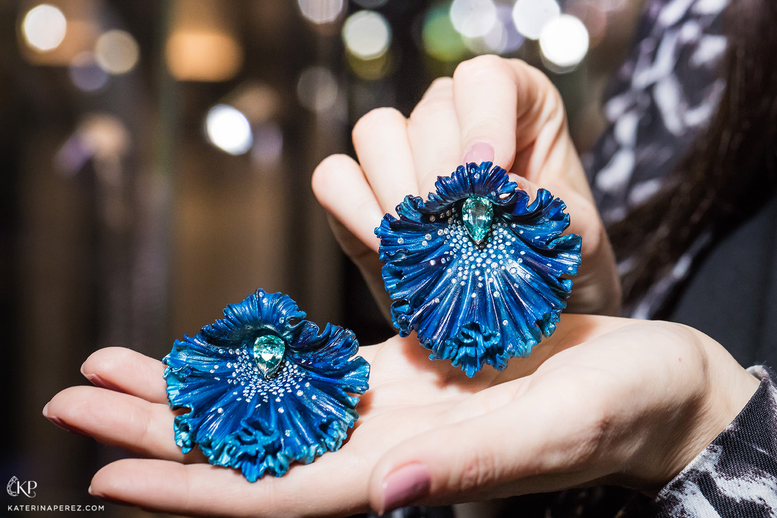 Emmanuel Tarpin 'Blue Orchid' earrings in aluminium, Paraiba and diamonds. Photo by Simon Martner
