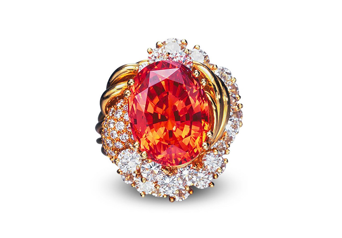 Ring with oval Padparadscha sapphire weighing 20.84 cts sold at Christie's in 2005