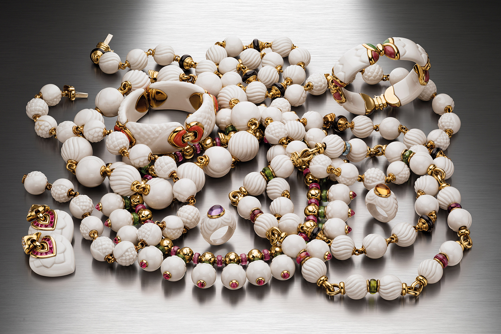 Bvlgari Heritage 'Chandra' collection necklace, bracelets, earrings and rings in engraved porcelain, gemstones and 18k yellow gold