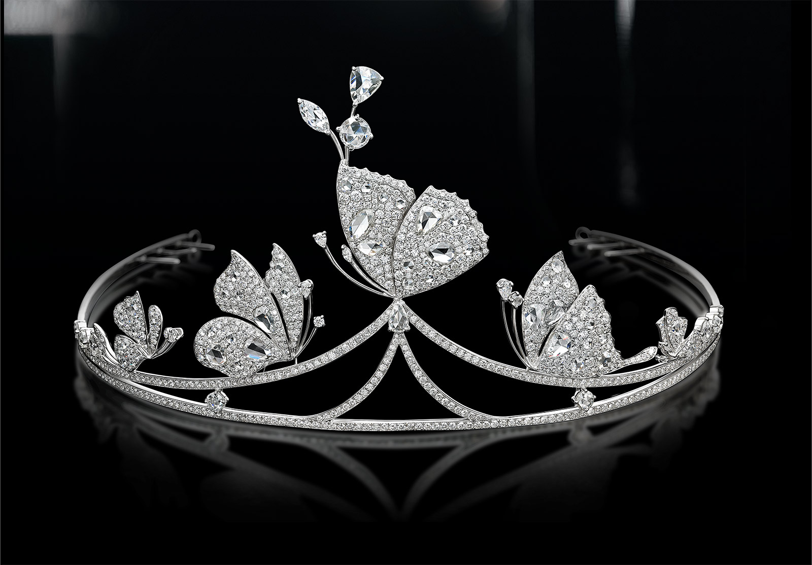 Jessica Fong 'I do' tiara with diamonds in 18k white gold