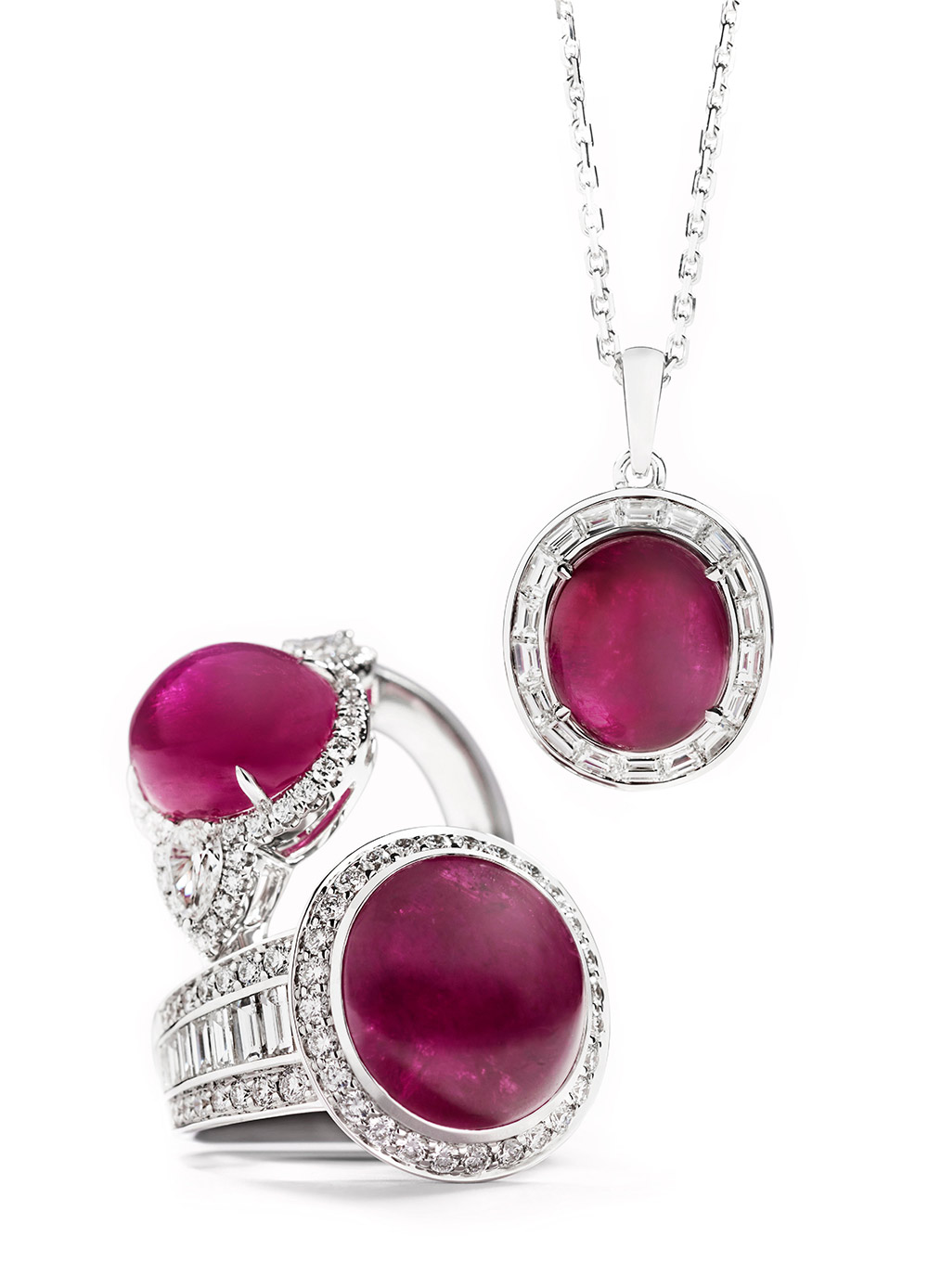 Hartmann's rings and a pendant from the collection with Greenland rubies