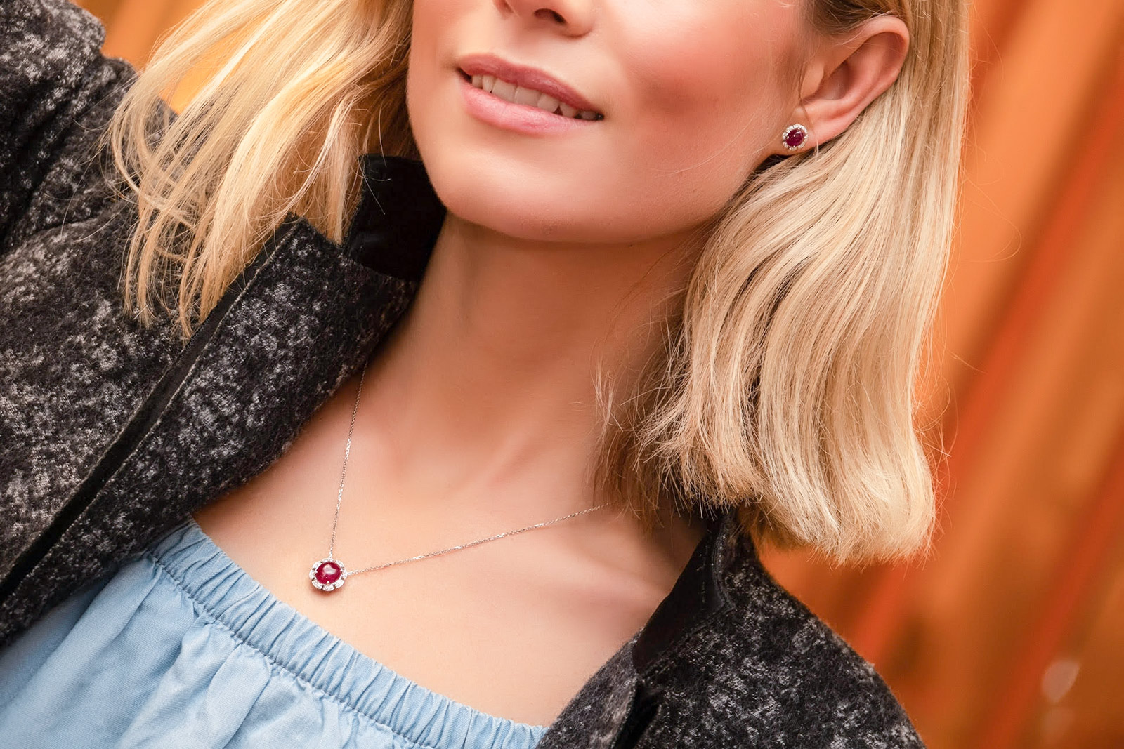 Hartmann's Greenland ruby pendant and earrings with diamonds