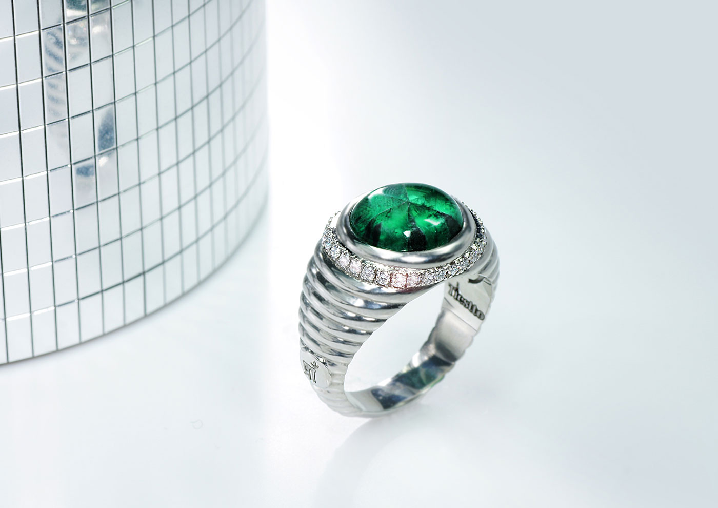 513b85aec558d Trapiche emerald jewellery - unique gem with a luxury appeal