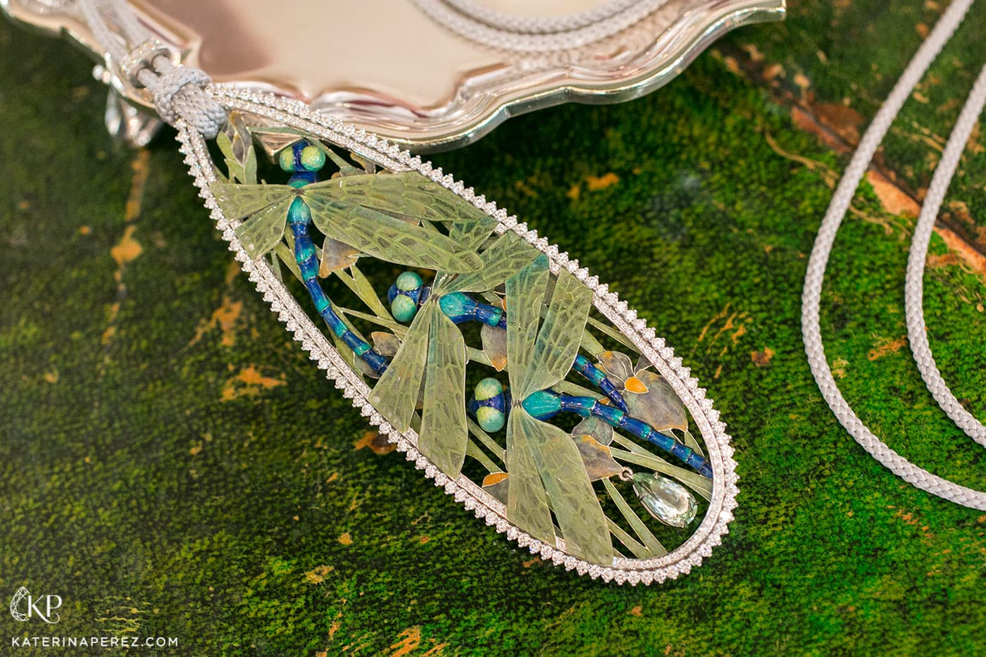 'Dragonflies' pendant by Ilgiz F. with various types of enamel and diamonds