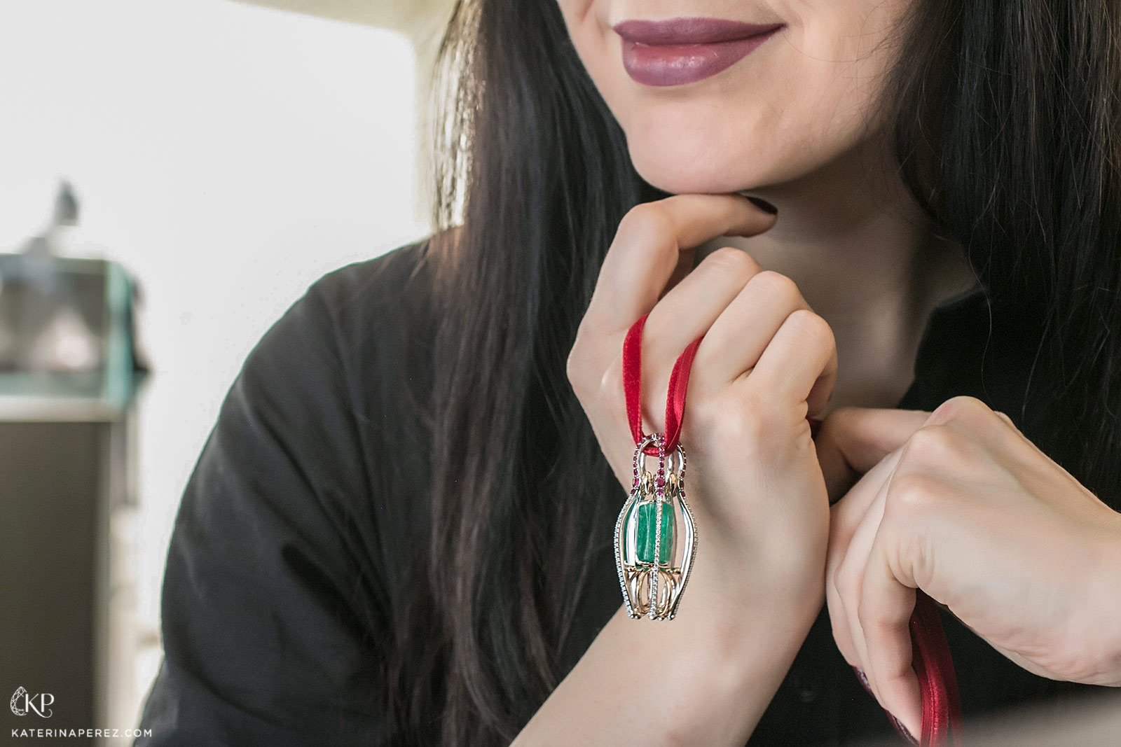 Sergey Korolyov's 'Symbols of Russia' pendant from Ringo's 'Matrena de Ural' collection with 18.04 carat Ural Mountain emerald, rubies and diamonds in white and rose gold